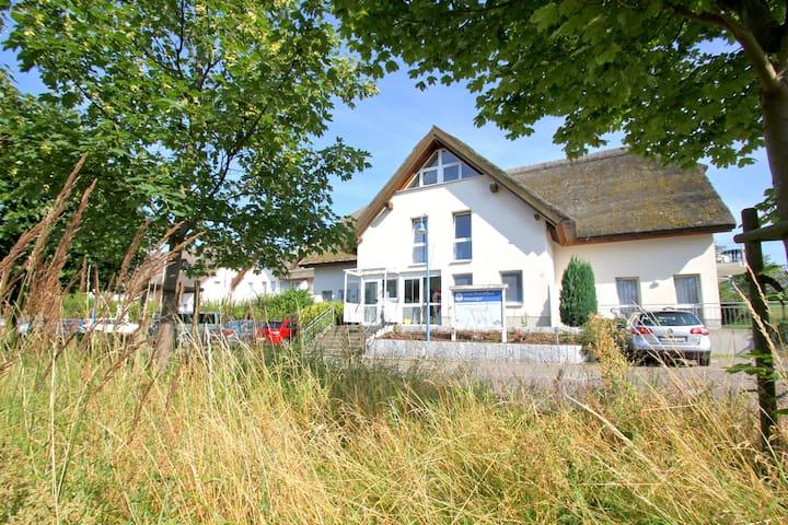 Strandhaus Mönchgut B&B