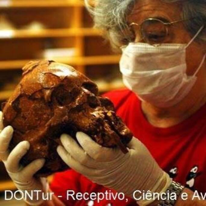 """Dra. Niéde Guidon, Arqueóloga quem  """"descobriu"""" o Parna Serra da Capivara, Piauí - Brasil."""