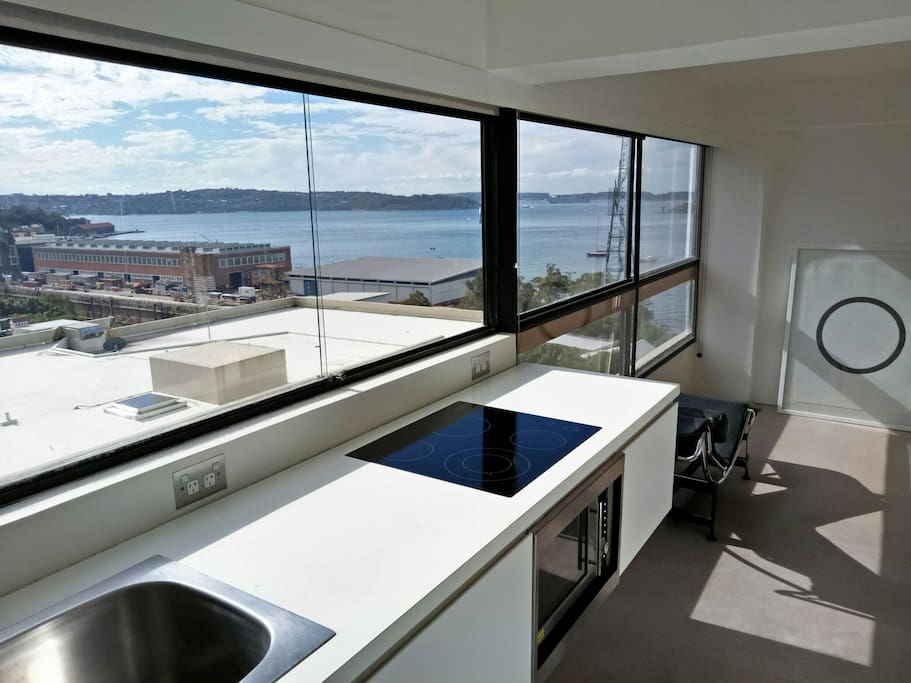 Kitchen with 180 degree view