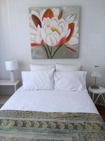 Light airy room in big beach house - Maroubra - Talo