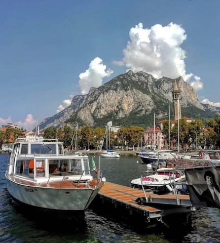 3MIN drive. A trip around the beautiful lake beside the town of Lecco is a tranquil experience. The most fascinating background almost embraces you with its beauty. You will not feel the fatigue if you take a stroll around the lake and admire the Mount Resegone.