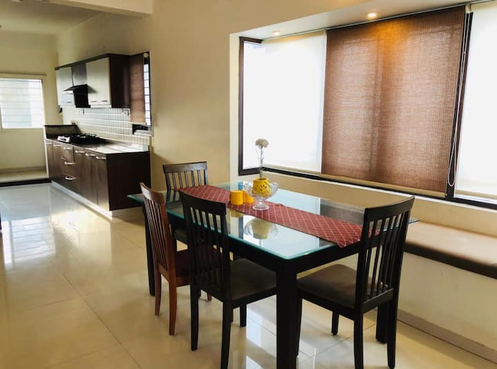 Luxury 2 BHK home near Hebbal - Fully furnished
