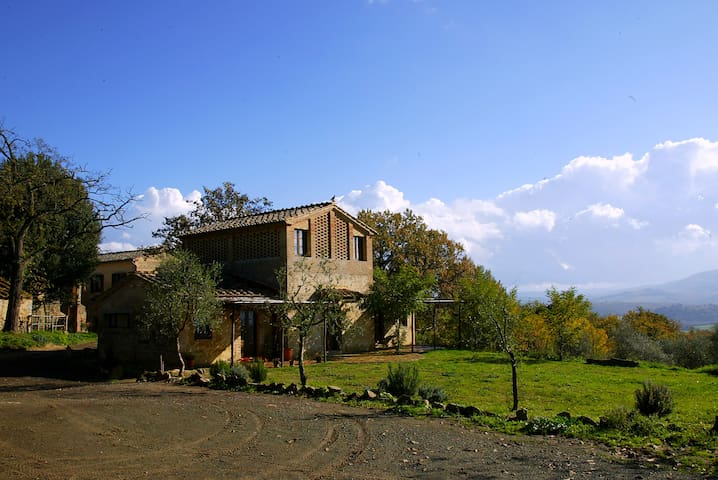 The Fienile is your Romantic Tuscan Dream - Buonconvento - Hus