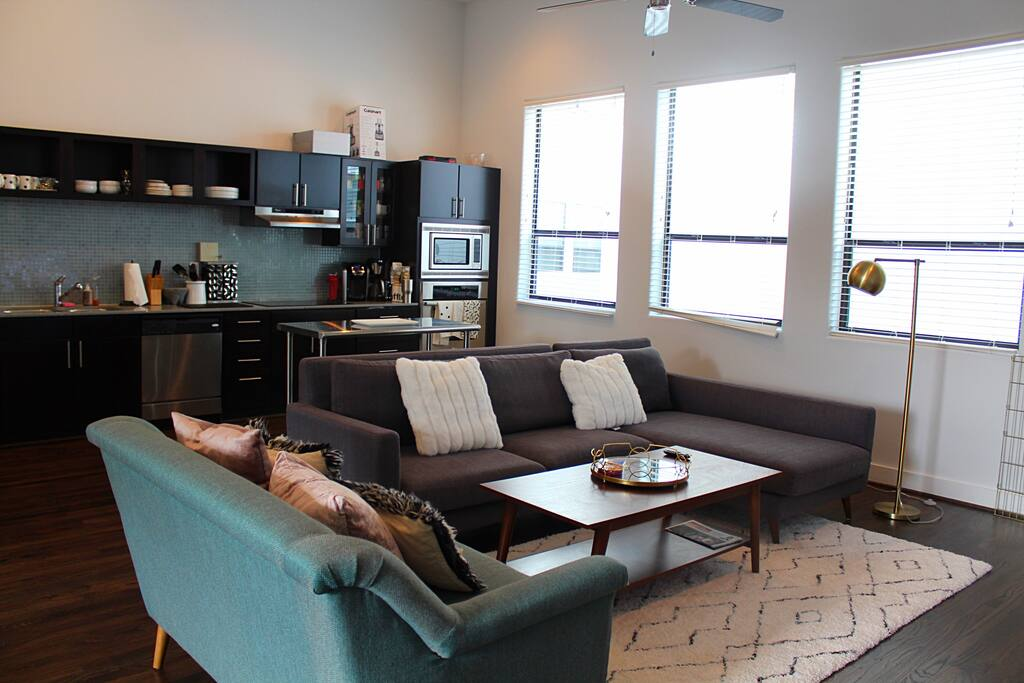 Cozy living space area near the kitchen