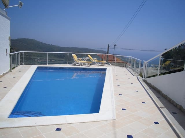 Pujada Puig Rom 184 Villa 2 Pool - House with 2 rooms in Roses