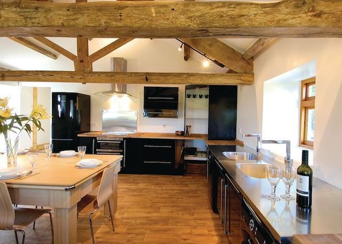 Newly refurbished barn to a very high standard.