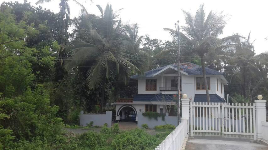 UNIQUE homestay, Wayanad