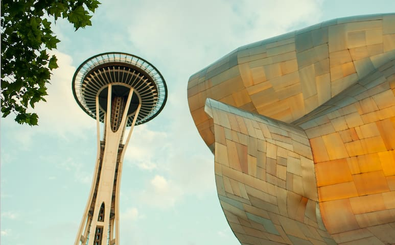 Photo of Space Needle
