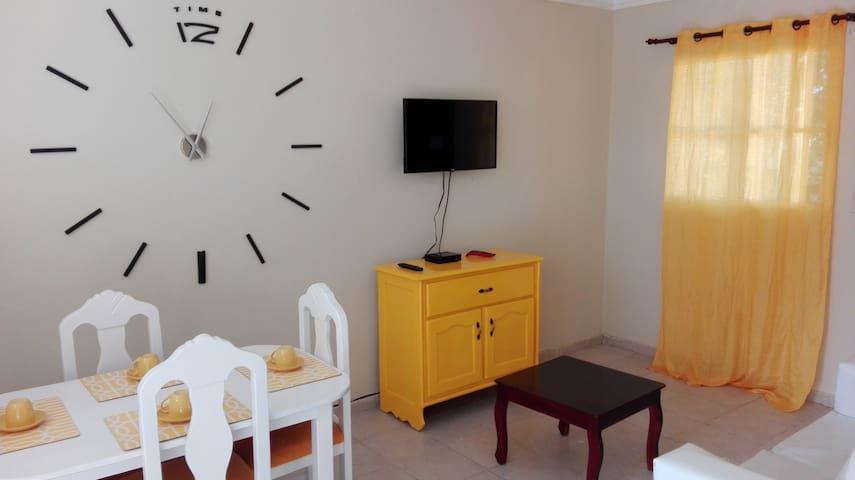 Cheap condo with AC - Santo Domingo Este - Wohnung