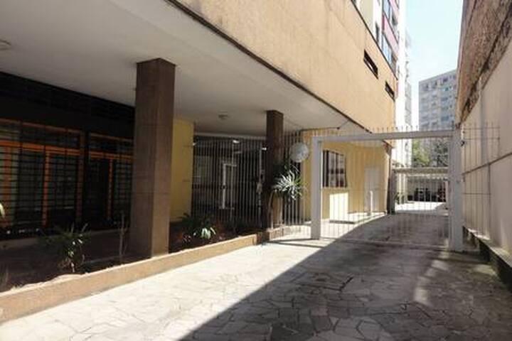 Manhattan Apart Hotel/406