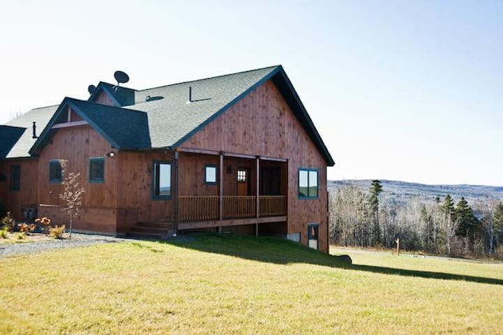 Lodges 19 - Four bedroom condo with views of Rangeley Lake