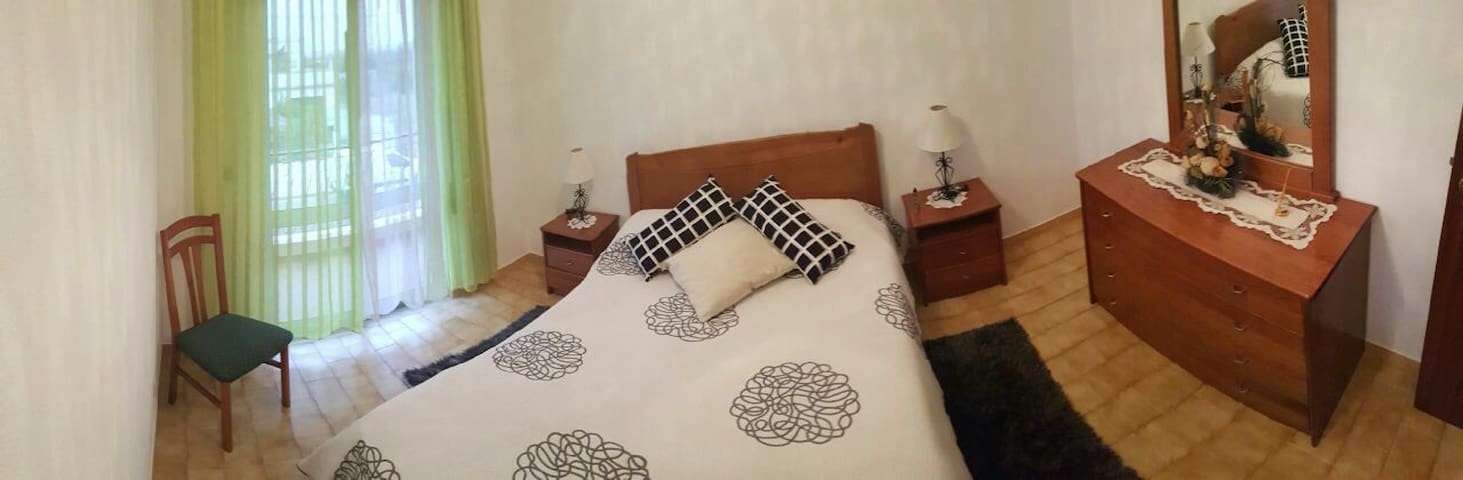 Pavillon avec 4 chambre - Monte Gordo - Casa