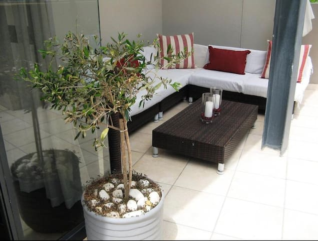 Modern well appointed apartment - Ciutat del Cap - Pis