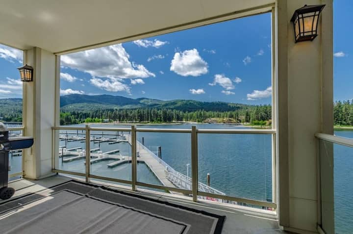 Salmon Run Condo | Overlooking the Spokane River