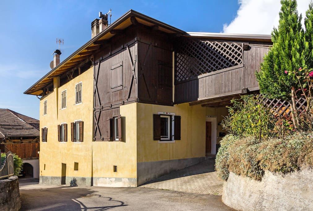 Casa fanti appartamenti in affitto a valle di non for 3 piani di camera da letto 2 bagni piani 1 storia