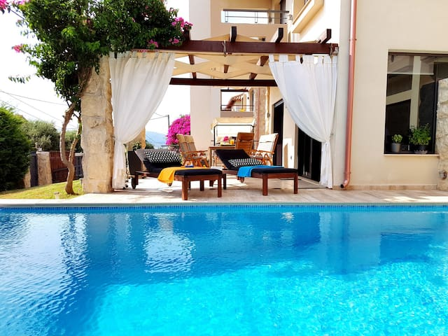 Villa Vanessa - Agios Vasilios - House