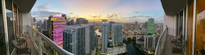LUXURY 5★s ICON Brickell CONDO@46TH, SPA/GYM/POOL