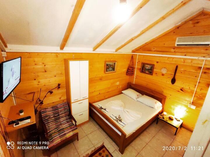 Olive cottage3