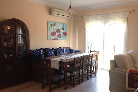 Menjador/sala estar per a festes - Navas