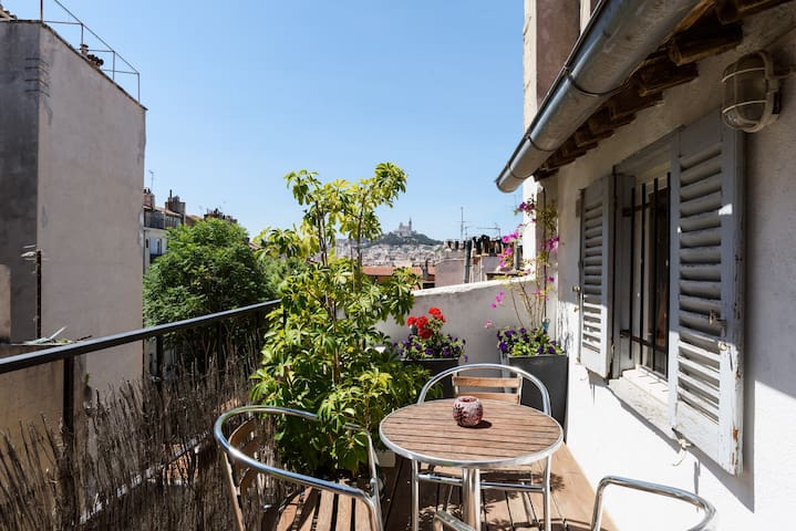 Terrasse zen au coeur de Marseille