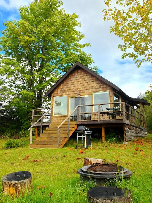 Gather Round the Outdoor Fire Pit and Enjoy a BBQ, all with Your Own Private Meadow and Pond!