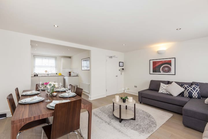 Spacious & Modern Flat Next to Royal Opera House