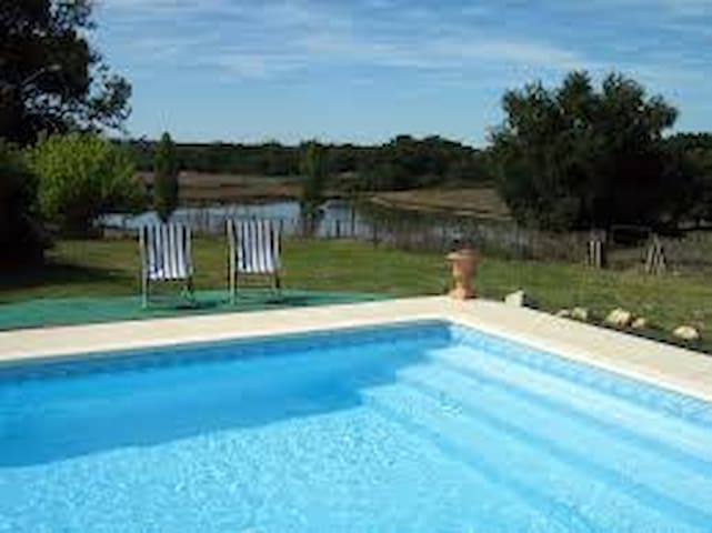 Charming farm/swim. pool - 35 min from Bordeaux E