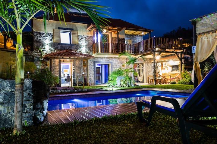 Spectacular Villa ECO-Fontes