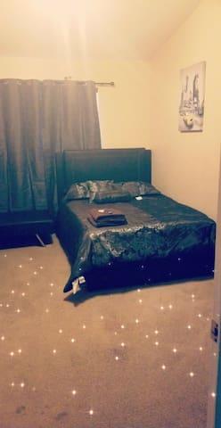 Cozy Phoenix Room