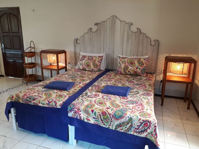 Deluxe quadruple room for friends and family
