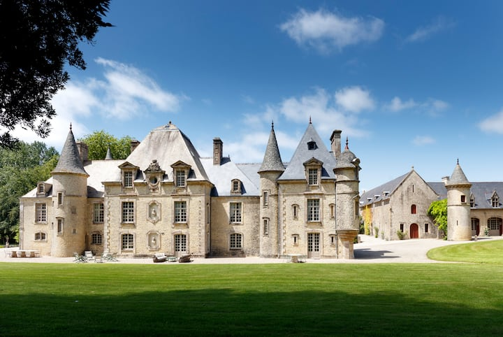 D'DAY LUXURY CHATEAU WITH POOL IN NORMANDY