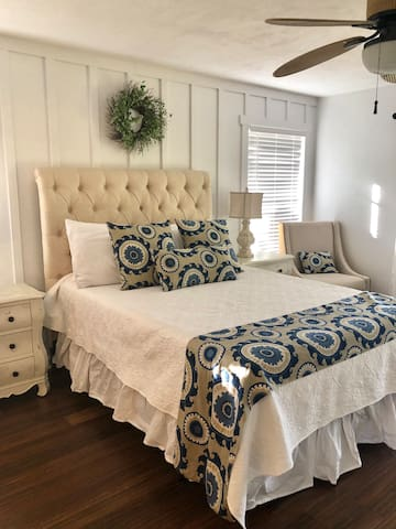 Marco Island  Master Suite Private Entrance