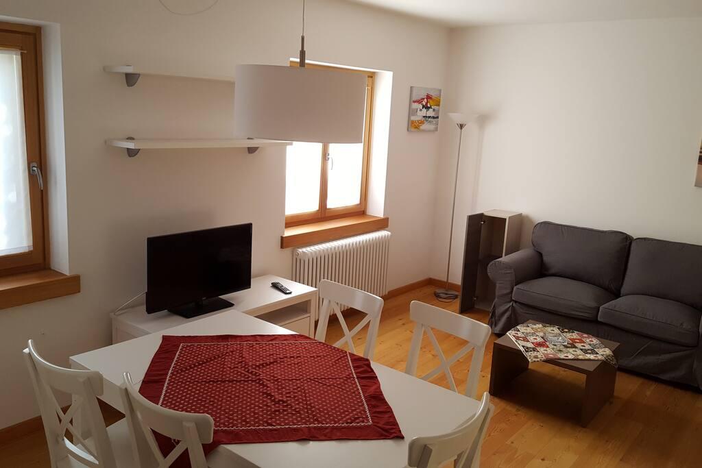 Appartamenti liliana alleghe faggio appartamenti in for Appartamenti in affitto a belluno arredati