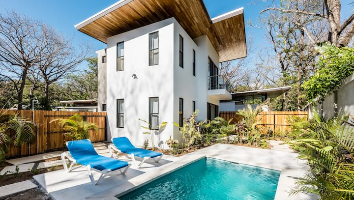 "FLOW- Villa ""W"" - Gorgeous 1 bedroom modern home"