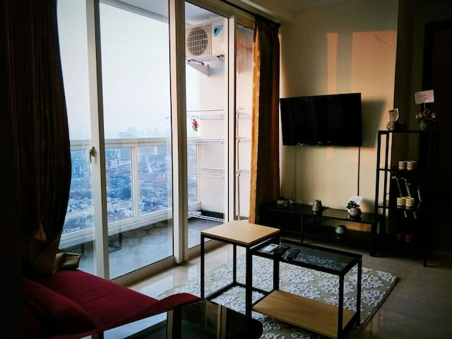 2BR Luxe Apartment in Menteng with MONAS CITY VIEW