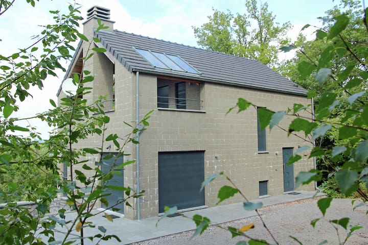 Modern Holiday Home near Forest in Durbuy