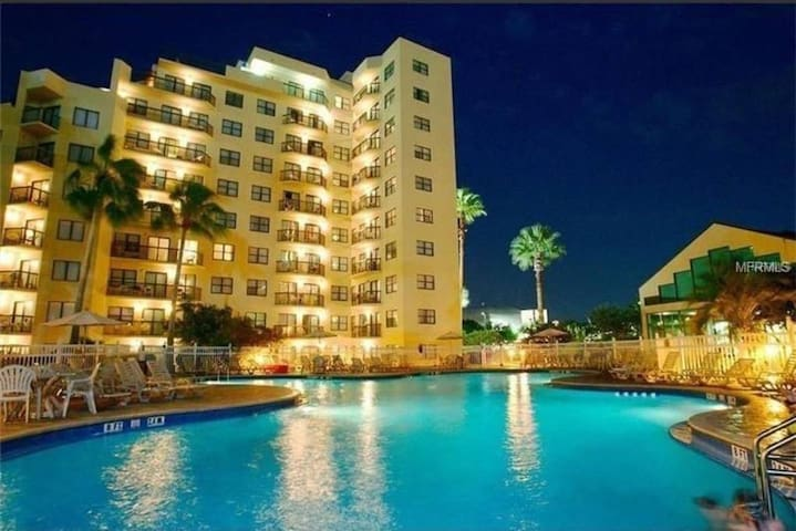 Orlando Close by attractions