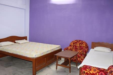 Hotel Royal Residency-Triple Bedded Room