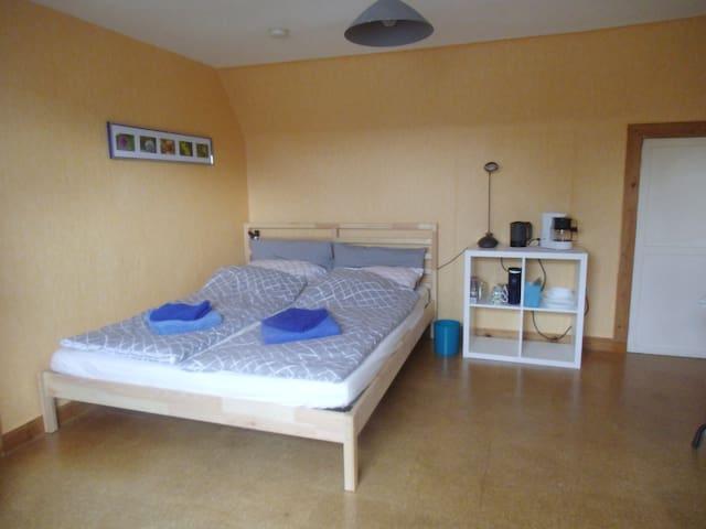 Privatzimmer in einer Doppelhaushälfte