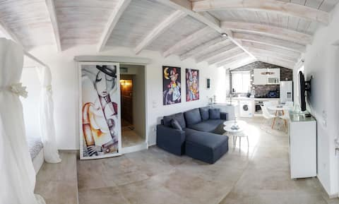 Nafplio Seaside - New Apartment in a private villa