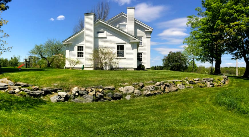 Silvernail Farm with NEW Screened-in Porch - West Stockbridge - Maison