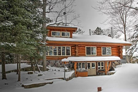 4BR Deer River Cabin w/Lake and Forest Views! - Deer River