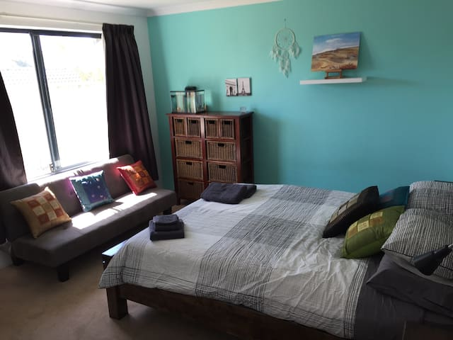 Large Modern Room close to Fremantle and Beaches - Palmyra - Dom