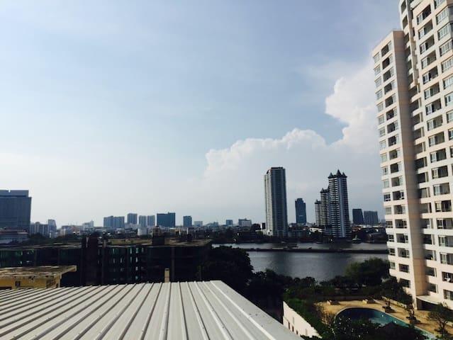 泰国曼谷摩天轮湄南河景房 - 曼谷