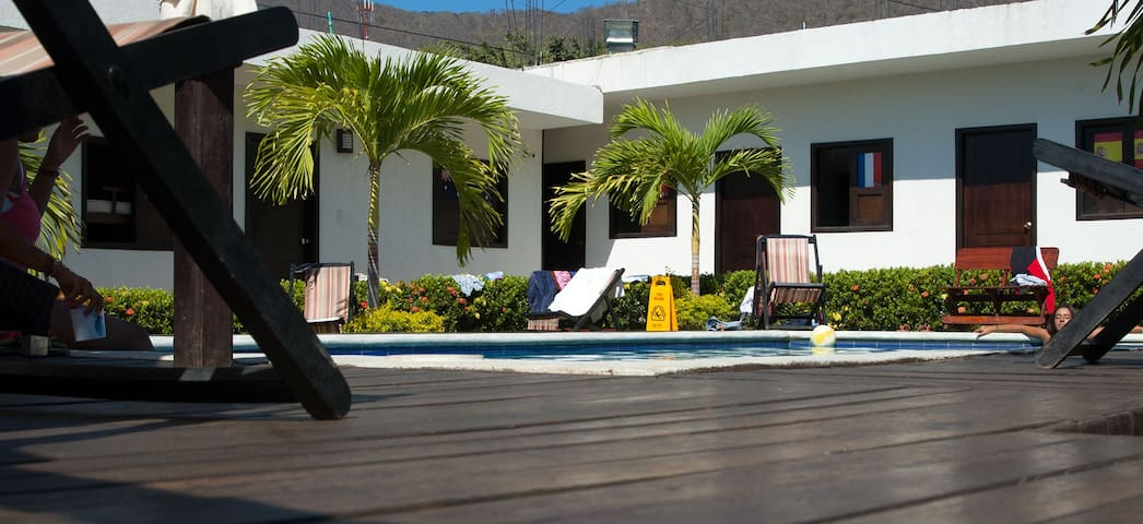 Awesome Hostel in one of the beautiful beaches! - Santa Marta - Hostel