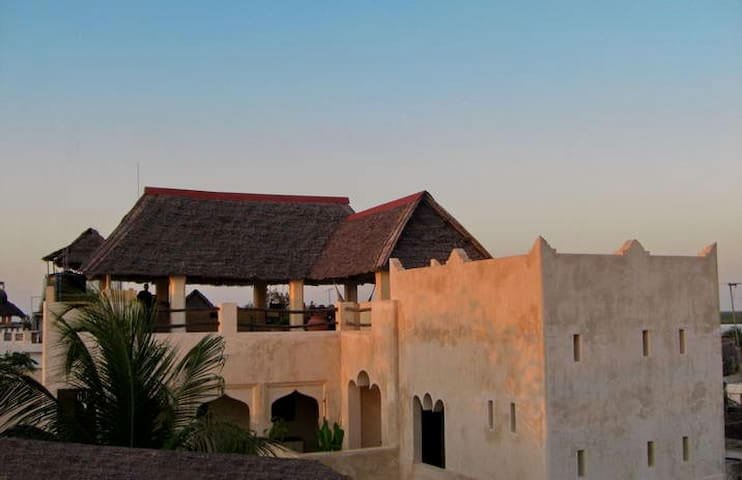 Historical house in old Lamu with seaview and pool