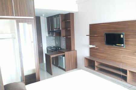 studio furnish grand icon caman Bekasi