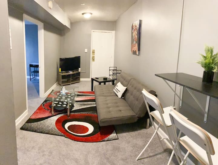 Stylish- Plush condo in  DC prime location!!!