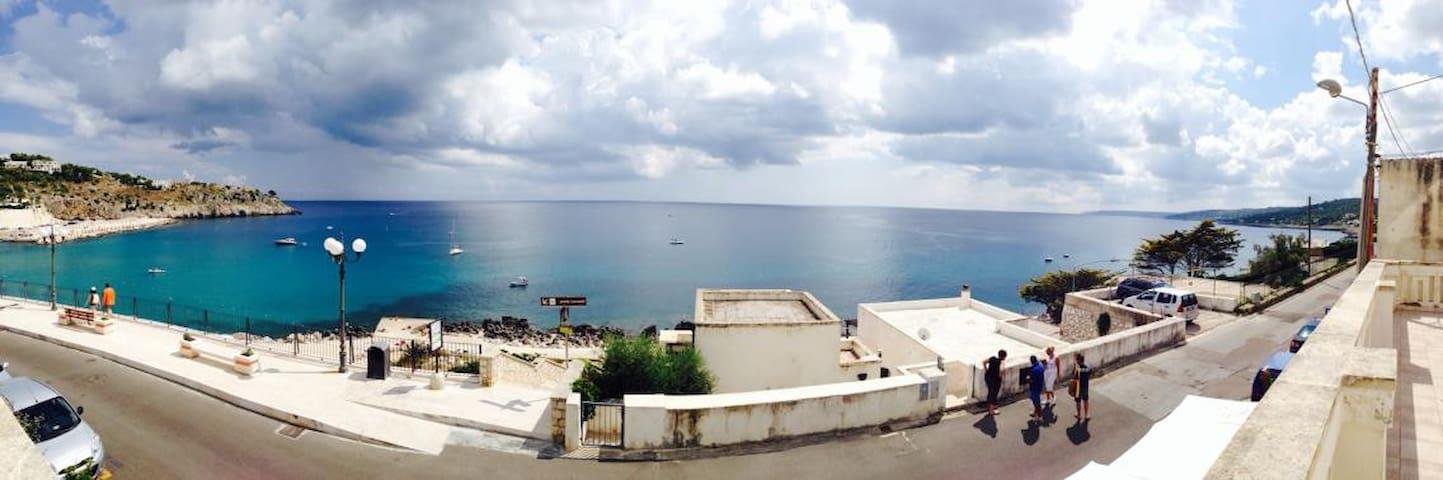 TERRAZZA sul mare di Castro Marina - Castro Marina - Haus