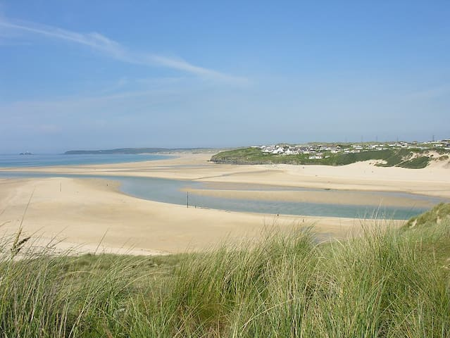 Relaxing Holiday in Hayle - 5 mins from the beach